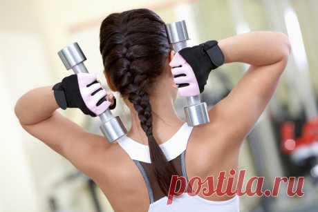 Комплекс упражнений для мышц рук: фитнес-тренировки для женщин