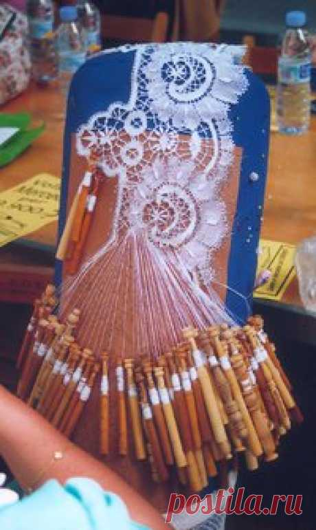 Lace/lacemaking. There used to be ladies that showed how this was done at the MN State Fair. Times have changed... | FollowPics