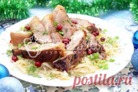 >Мясо с квашеной капустой на Рождество
