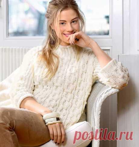 Красивый и нежный свитер с сотами