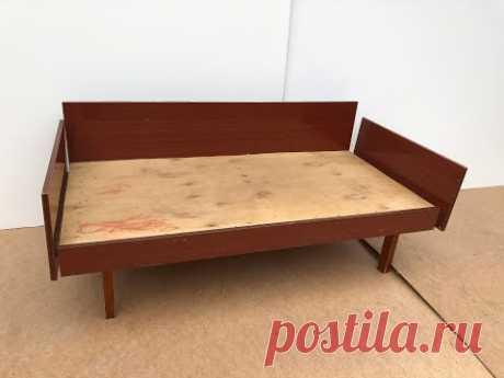 Переделка советской кроватки ЮНОСТЬ в современный детский диванчик. Переобивка, реставрация мебели!