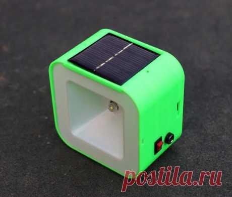 Ночной светильник с зарядкой от солнечной панели Одна керосиновая лампа сжигает около 80 л топлива, производя более 250 кг углекислого газа в год. Этот светильник мастер сделал в рамках проекта помощи районов с бедным населением, как альтернатива керосиновой лампе. Инструменты и материалы: -Солнечная панель -2В;-Микросхема QX5252F;-Индуктор 33
