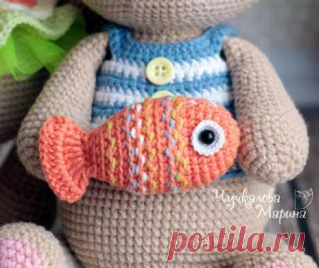 Рыбка Буль-буль амигуруми. Схемы и описания для вязания игрушек крючком! Бесплатный мастер-класс от Марины Чучкаловой по вязанию маленькой рыбки по имени Буль-буль. Рыбка получается маленькая и отлично подходит для украшени…