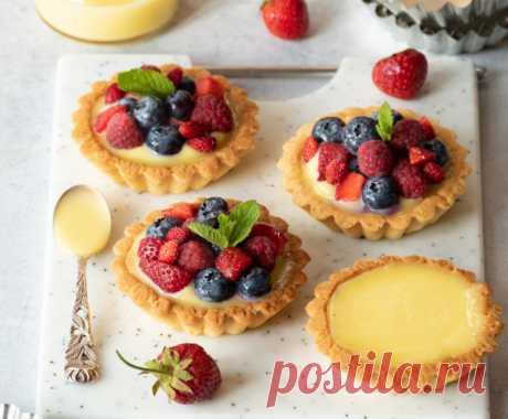 Тарталетки с заварным кремом и ягодами - пошаговый рецепт с фото Тарталетки с заварным кремом и ягодами