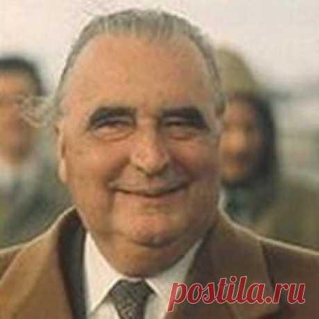 Сегодня 05 июля в 1911 году родился(ась) Жорж Помпиду-ФРАНЦИЯ