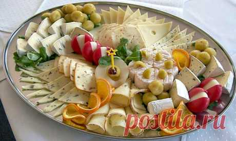 Cheese plate and rules of its drawing up