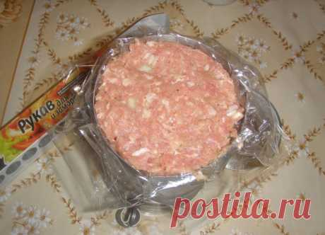 Put in a can a sleeve with chicken meat. In an hour you will receive a royal dish! It was lucky that found this recipe.