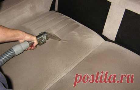 Чистим обивку дивана своими руками