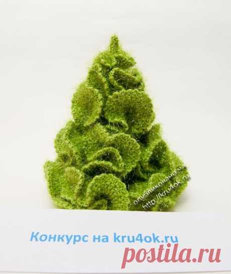 Лесная красавица — елка крючком