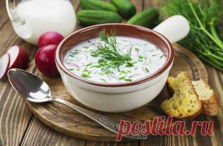 La okroshka clásica con el embutido la receta de la foto poshagovyy