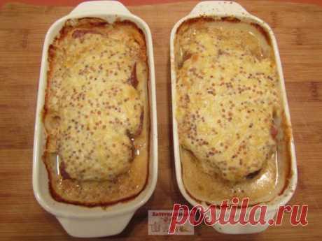 Отбивные из свинины в духовке, в сметанной заливке с горчицей и сыром — Кулинарная книга - рецепты с фото