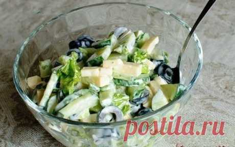 Как приготовить огуречный салат с маслинами и сыром - рецепт, ингредиенты и фотографии