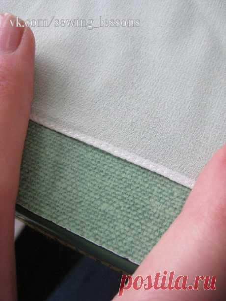 Оригинальный способ узкой подгибки на лёгкой ткани