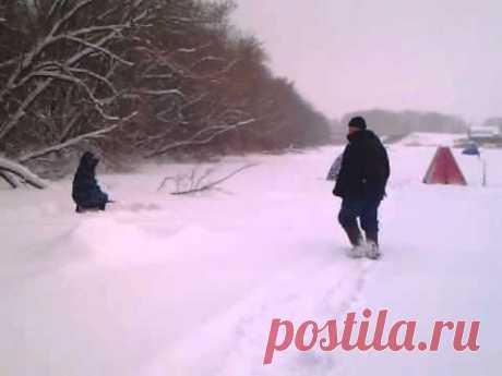 Деревня, хоккей, рыбалка - YouTube