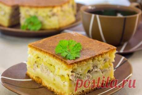 Аппетитный мясной пирог - очень вкусный и сытный! Готовится проще простого!
