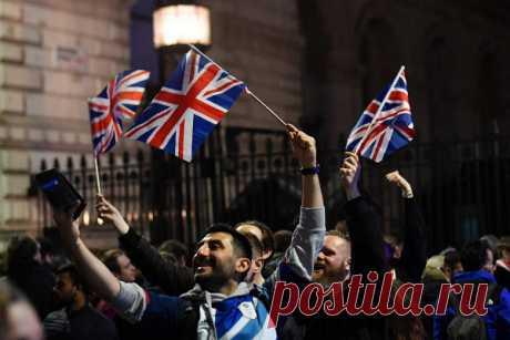 Великобритания поплатилась завыход изЕвросоюза Инвесторы отвернулись отВеликобритании после выхода изЕвросоюза, пишет «Лента.ру» соссылкой наBloomberg.