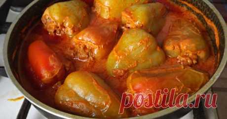 Бесподобные фаршированные перцы в томатном соусе