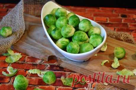 Что приготовить на ужин: рецепт аппетитной запеканки с брюссельской капустой и курицей