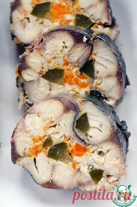 Рулет из скумбрии с морковью и яйцом - кулинарный рецепт