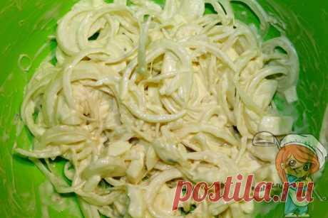 Салат Чиполлино из лука и яиц. Вкусный сытный салат за 20 минут