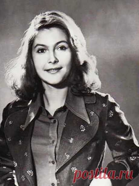 Нина Маслова, 27 ноября, 1946