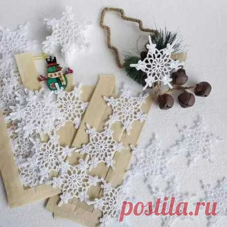 Очаровательные снежинки, которые можно легко связать крючком - Сам себе мастер - медиаплатформа МирТесен