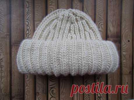 Объёмная шапка из толстой пряжи, размер 52 (вяжется очень быстро) | Рукотворное | Яндекс Дзен