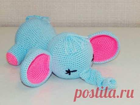 Игрушка амигуруми. Слоник-сплюшка. Мастер-класс крючком (crochet elephant)