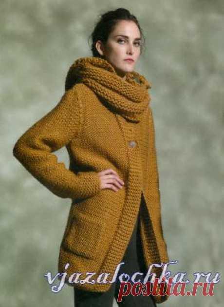 Коричневое вязаное пальто описание