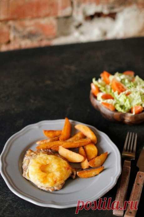 Свиные отбивные с ананасами — Sloosh – кулинарные рецепты