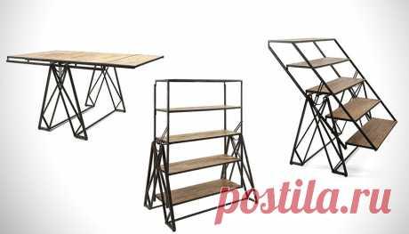 Когда стеллаж подрабатывает столом в свободное от основной работы время =)