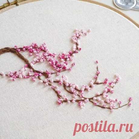 Цветущие деревья из французских узелочков