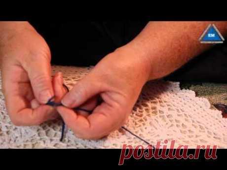 Как связать две нити без узла при вязании - YouTube