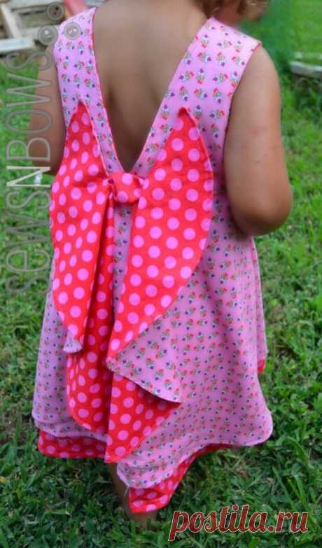 Интересный крой платья