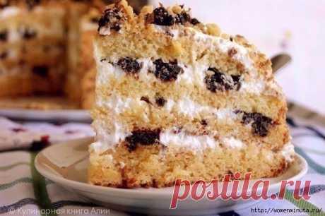 Торт медовик - замечательная выпечка на кефире.