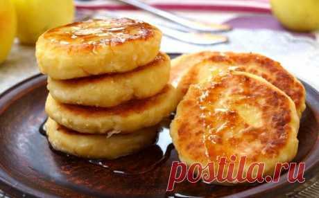 Сырники с яблоками - намного вкуснее обычных, а готовятся также легко. У меня их сметают со стола! | Вкусно и полезно | Яндекс Дзен