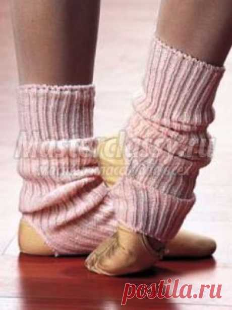 We knit gaiters for dances. Simple option for children
