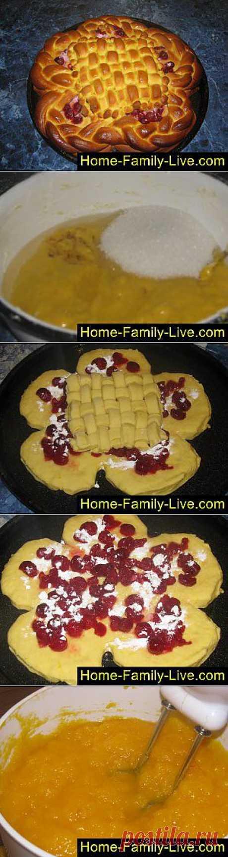 Кулинарные рецепты Пирог из тыквенного теста - пошаговый фоторецепт - пирог с вишней