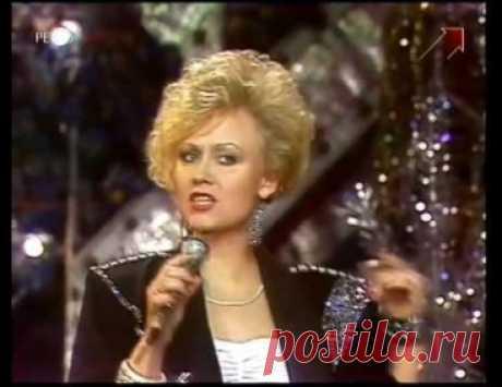 Что случилось с популярной советской певицей Анной Вески