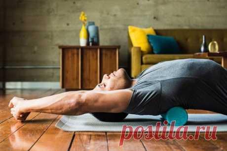 Всего 1 упражнение выпрямит спину, поможет стать стройнее и даже выше! — Хитрости жизни