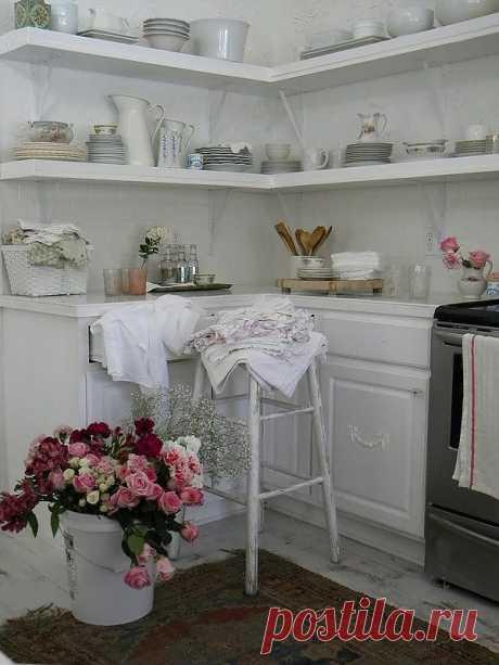 Розы в декоре интерьера шебби-шик от Simply Me