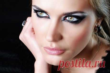 Как правильно сделать вечерний макияж: обзор различных вариантов и пошаговая техника выполнения | rosy-cheeks.ru | Яндекс Дзен