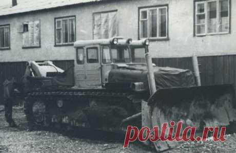 ДЭТ- 250. Первый сверхтяжелый трактор с электромеханической трансмиссией   Oldtimer weekly   Яндекс Дзен