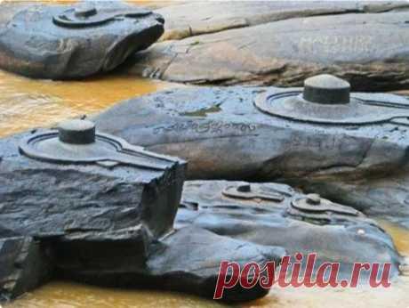 Каменные фигуры, которые то появляются из реки Шалмала, то исчезают - turproezdka.ru
