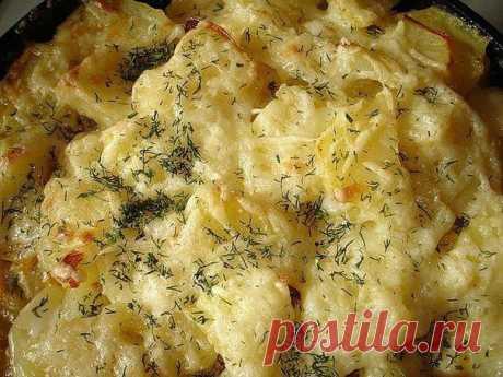 Курочка с картошкой запеченная в сыре
