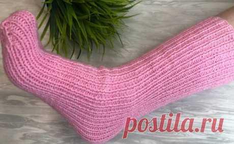 Безразмерные носки на двух спицах, от 35 до 42 размера, подойдут даже для широкой стопы, просто и удобно