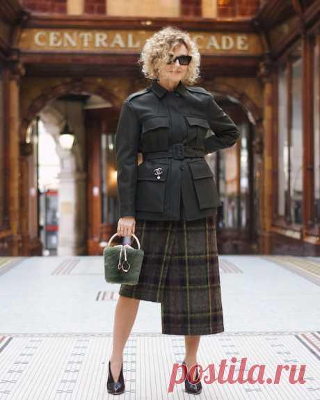 СМОТРИТЕ: 7 юбок, которые хорошо смотрятся на женщинах после 55 лет (частично скрывая недостатки фигуры). Образы, которые мне понравились