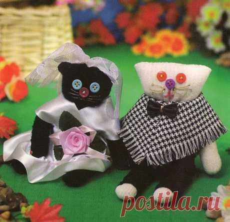 Кошки из перчаток / Шитьё / В рукоделии