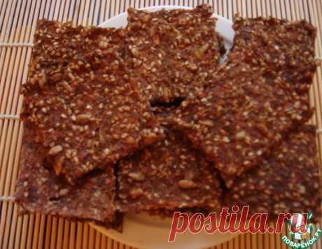 Хрустящие льняные крекеры с томатами, кунжутом и семенами подсолнечника – кулинарный рецепт