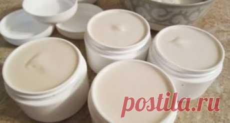 Фармацевты в ШОКЕ: Рецепт приготовления самодельного крема, который уменьшит морщины и избавит от акне! Внутри приведен рецепт домашнего крема, который «стирает» морщины и прыщи, так же, как ластик карандаш!